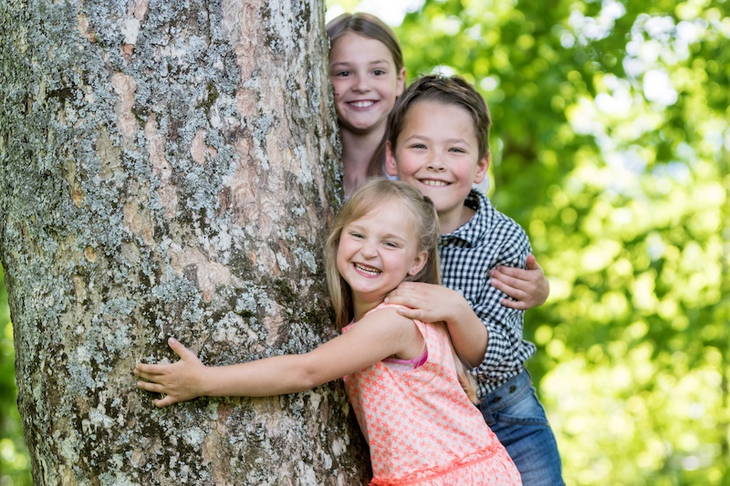 spring-activities-for-siblings-brain-balance
