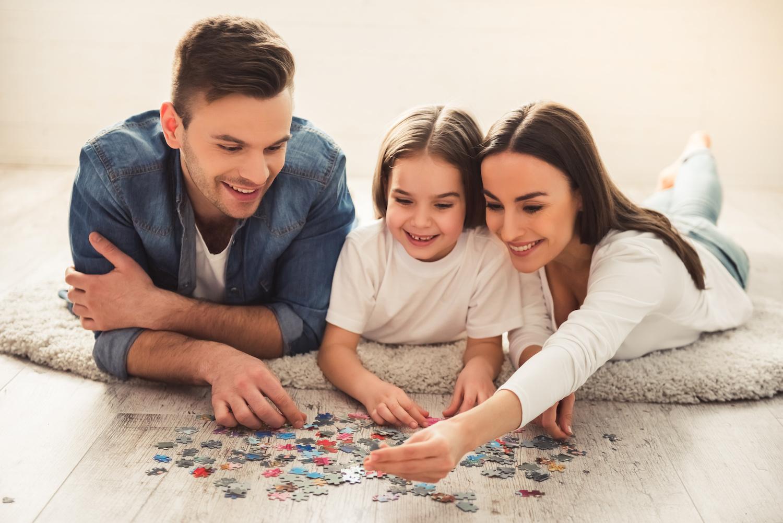 family-puzzle-cognitive-development