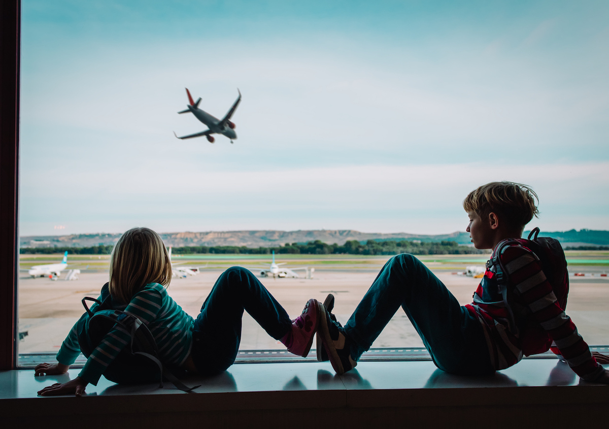 surviving-plane-travel-kids
